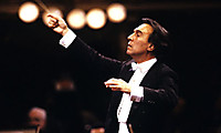 10960abbado1strillo